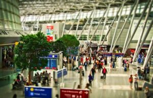 7 essential things to remember by frequent travelers