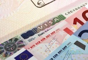 Viza română pentru activități comerciale – cum o pot obține cetățenii din afara UE?