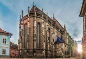 Why is the Black Church in Brașov so visited? – 5 things to know